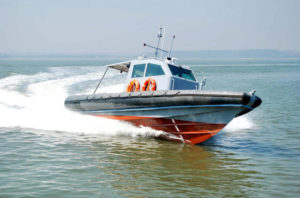 40-knots-frp-interceptor-craft