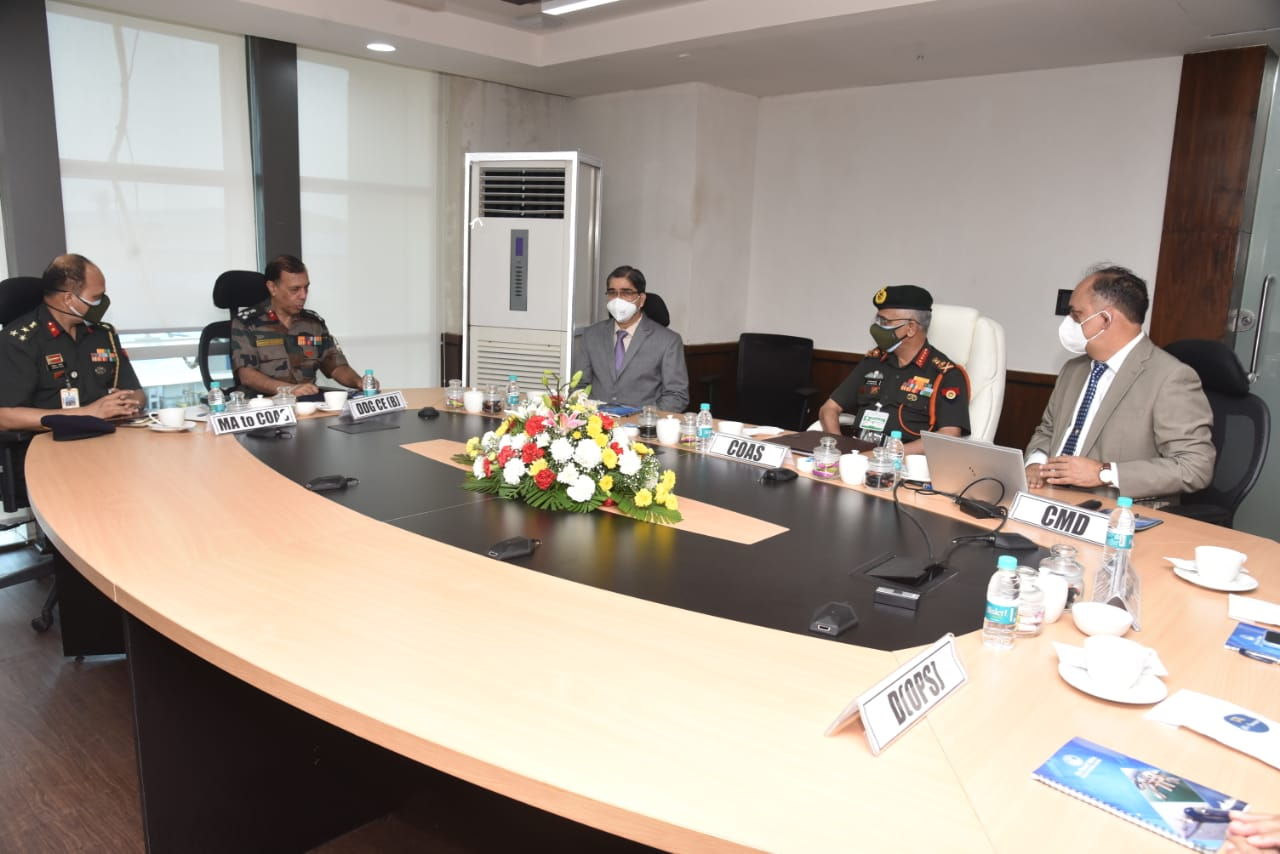 Gen Manoj Mukund Naravane PVSM, AVSM, SM VSM, ADC, COAS visits Goa Shipyard Ltd