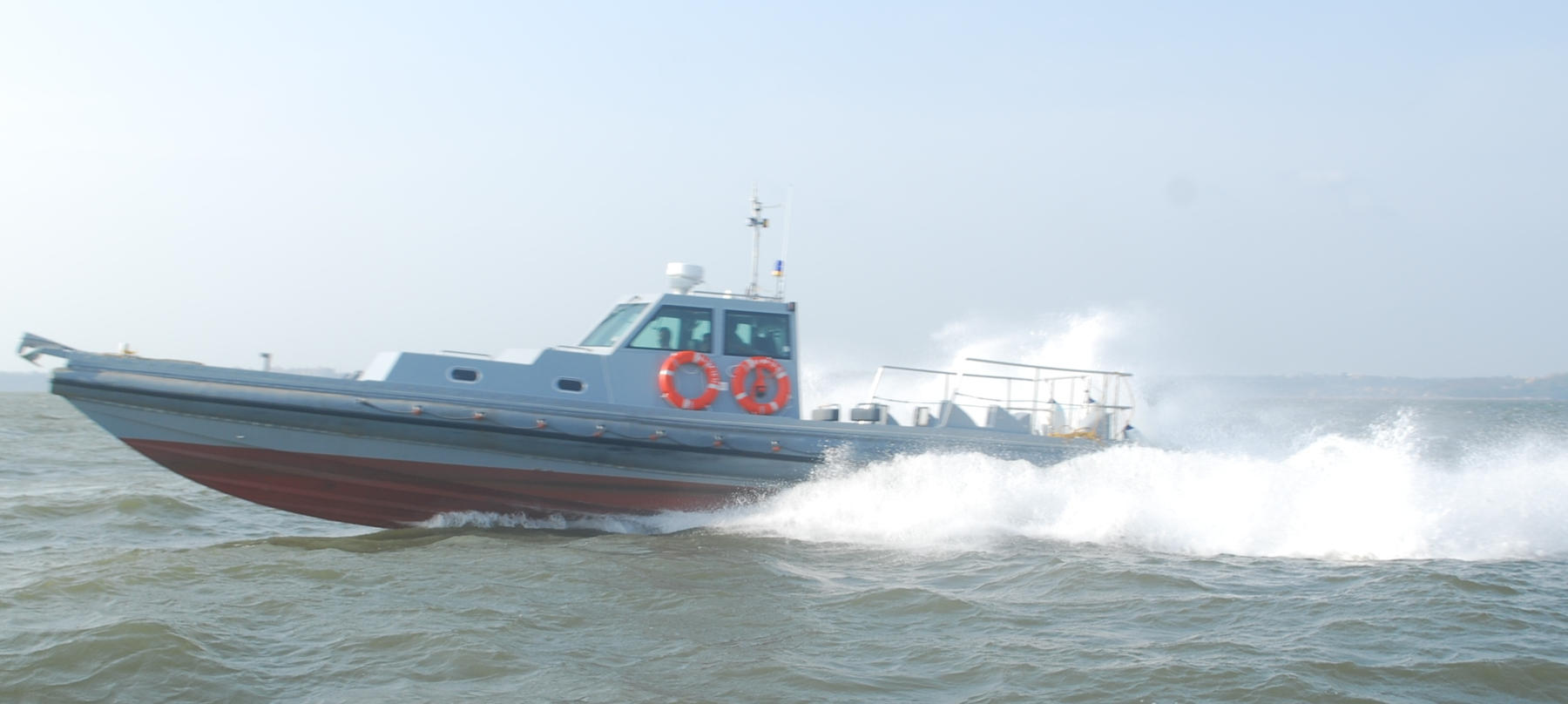 35 Knots Heigh Speed Boat